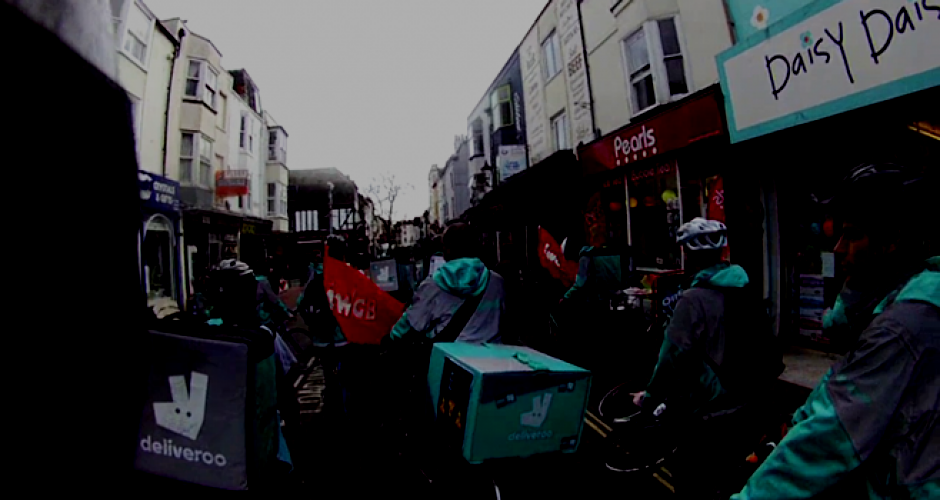 Demo von Deliveroo Fahrer_innen in Brighton