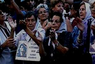 Madres de Plaza de Majo, 2002